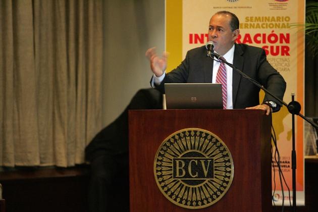 BCV president Eudomar Tovar (Fausto Torrealba/ AVN/ Reference)