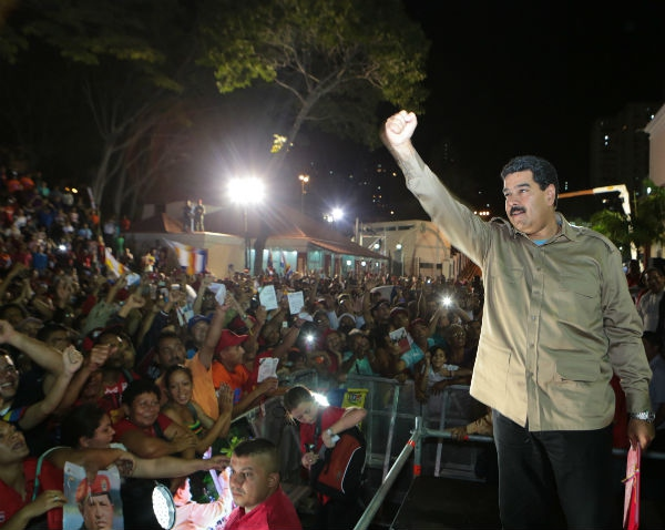 Thousands of supporters rallied in Caracas following Tuesday's vote (Prensa Presidencial)