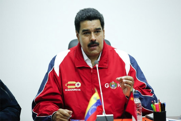 """Yesterday Maduro called for national dialogue following the elections, emphasising the importance of """"peace"""" in the country (Miguel Angulo y Laila Saab / Prensa Miraflores)"""