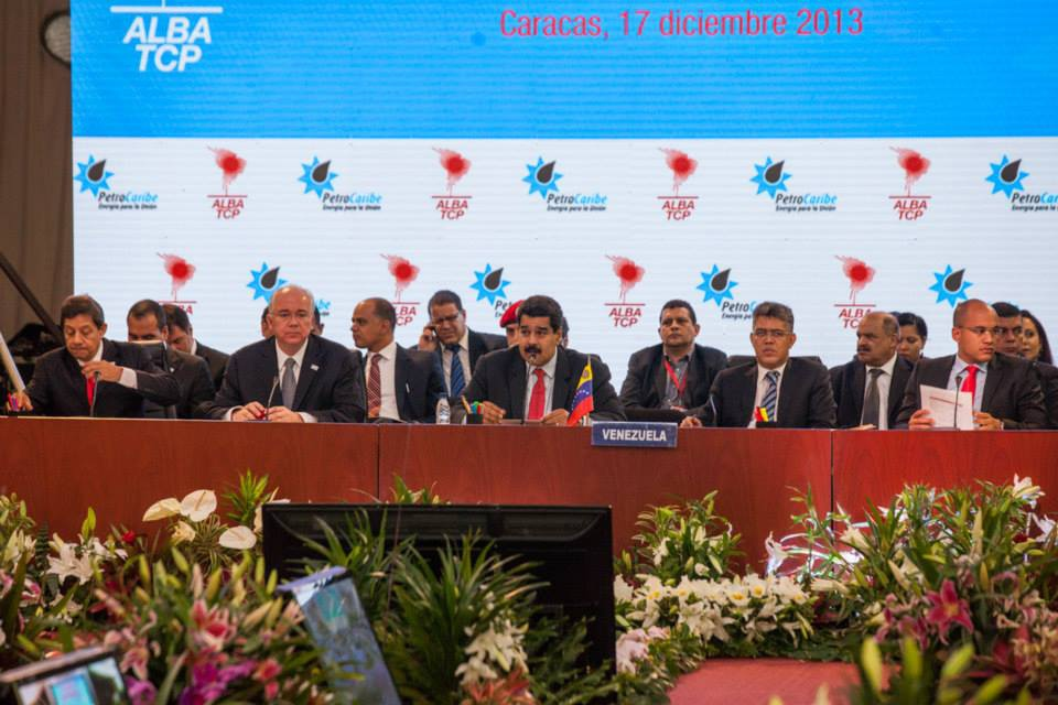 The Venezuelan delegation, including Maduro (centre) at the ALBA-Petrocaribe summit yesterday (Minci)