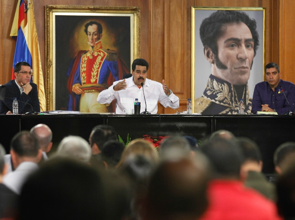 Maduro announced he would consult with mayors and governors to develop a national plan to tackle violent crime (Prensa Presidencial)