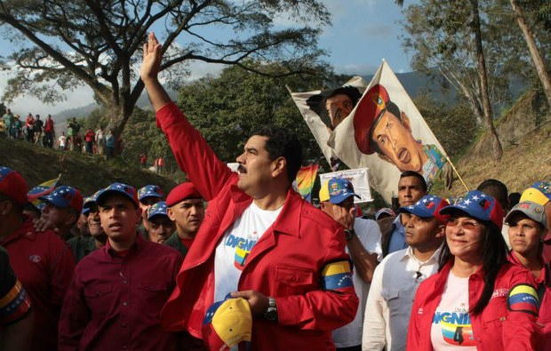 Maduro warned businesses that they have until next Monday to comply with the Law for the Control of Fair Costs, Prices and Profits (Archive)