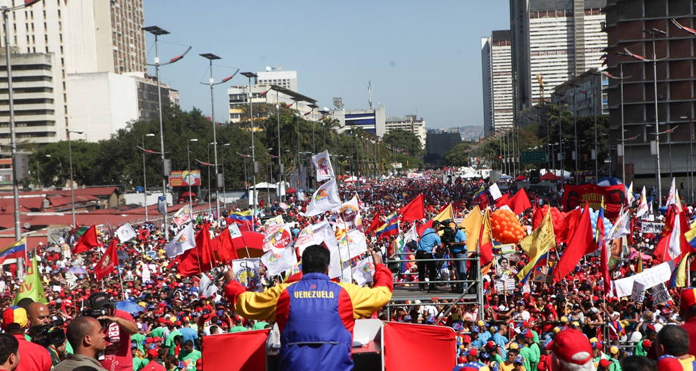 """Venezuelan president Nicolas Maduro addressing supporters at a recent """"march for peace"""" in Caracas (prensa presidencial)"""