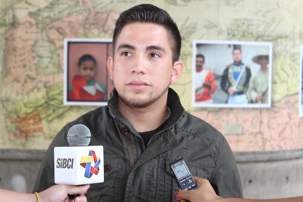 Student leader Alejandro Padron (Prensa Integracion UCV)