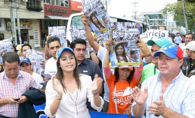 Patricia de Ceballos (centre, left), the wife of former jailed mayor Daniel Ceballos, is likely favorite  to win the mayoralty. (agencies)