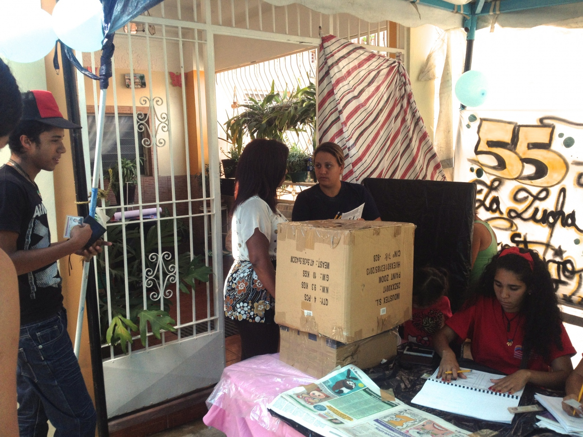 Local youth participation in the elections was particularly high (Rachael Boothroyd - Venezuelanalysis)