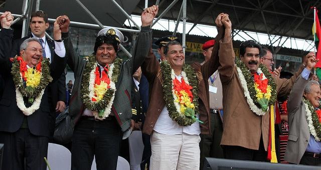 The presidents of Cuba (Raul Castro), Bolivia (Evo Morales), Ecuador (Rafael Correa) and Venezuela (Nicolas Maduro) at the opening of the G77 + China summit in Bolivia (agencies)