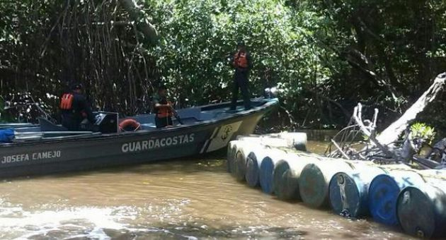In the largest cases observed so far, the Fanb detained boats containing 5,500 liters of fuel and 5.2 tons of meat along the Limón River and Guajira Peninsula, both in Zulia, one of several western states bordering Colombia (AVN)
