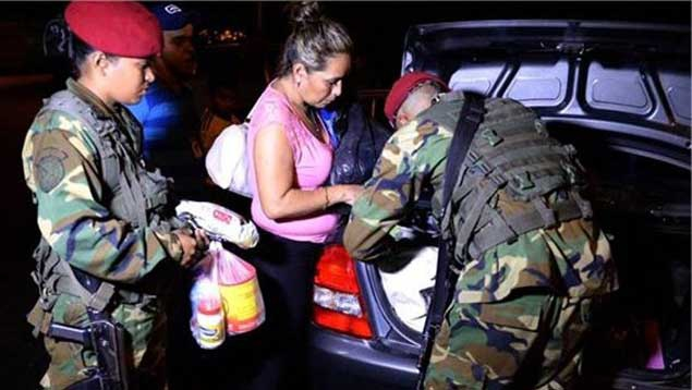 In Zulia alone this year, authorities have recovered 127,613 tons of food and 259,151 liters of fuel, in addition to 106 vehicles connected to transporting contraband (Ultimas Noticias).
