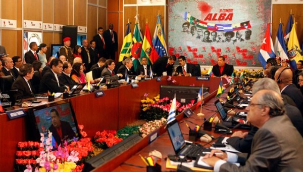 Representatives from ALBA member countries meet to discuss of the importance of the regional bloc. (Photo: teleSUR)