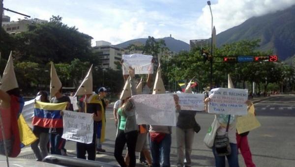 Yesterday's protest in Altamira, Caracas (#VENEZUELA/Twitter)