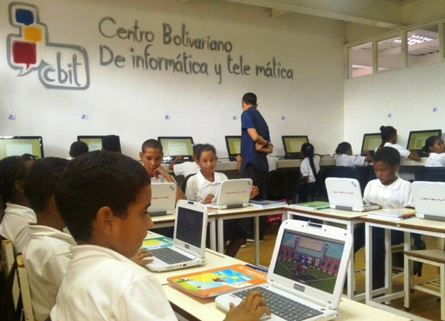 The preliminary results of the Venezuelan government's National Consultation for Quality in Education were released this week, underlining the advances and existing challenges facing the Bolivarian education model. (Ciudad Caracas)
