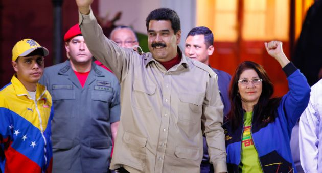 """""""Congratuations to compañero Tabare Vasquez, president elect of Uruguay, for this victory of the Frente Amplio, our brothers of the South,"""" said Maduro via twitter. (archive)"""