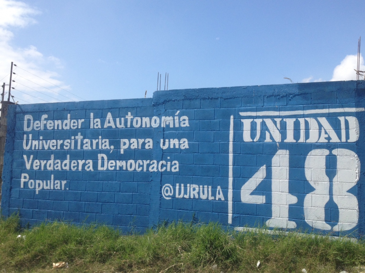 """Defend University Autonomy for True People's Democracy"". Photo taken at the University of the Andes. (Lucas Koerner)"