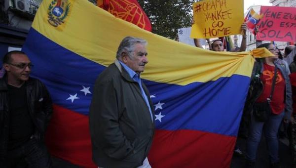 Jose Mujica headed up the Venezuela solidarity march. | Photo: EFE