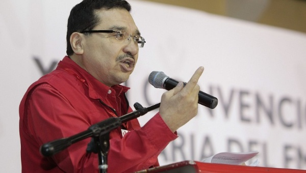 FMLN Secretary General Medardo Gonzalez defended the government's decision to stand in solidarity with Venezuela. (Photo: EFE)