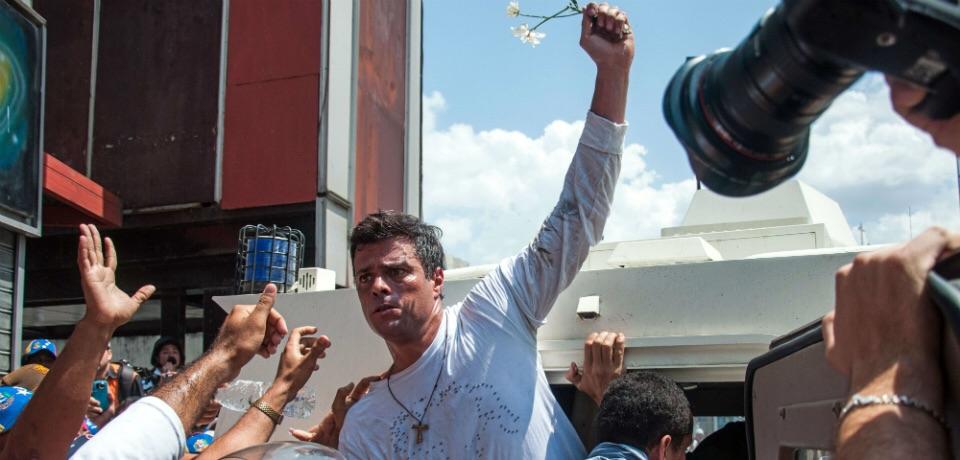 Leopoldo Lopez (Cristian Hernandez/AFP/Getty Images)