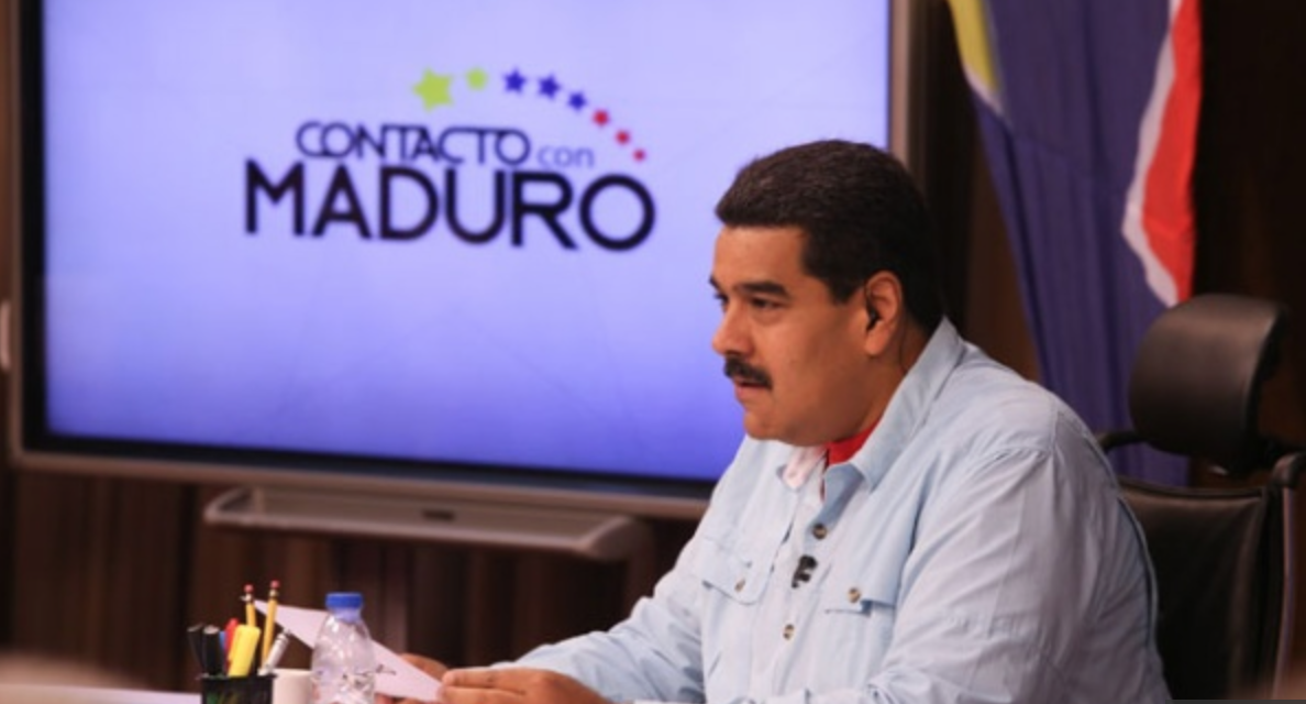 Maduro stands with Greece after its government refused to pay $1.8 billion to the IMF (AVN)