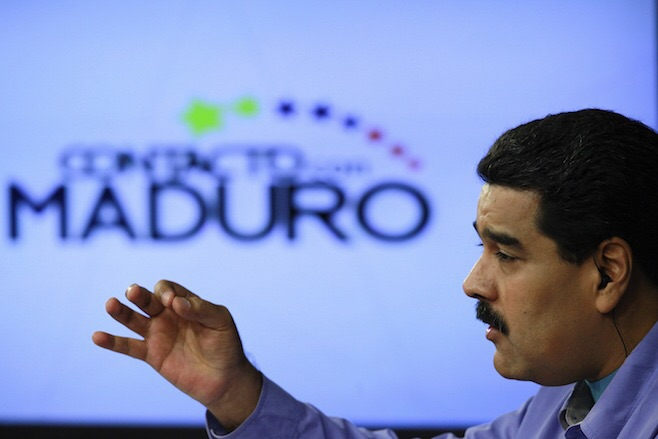"Nicolas Maduro speaks during his weekly broadcast ""In contact with Maduro"" at Miraflores palace in Caracas on Aug. 11, 2015.  (Photo: Miraflores Palace / Reuters)"