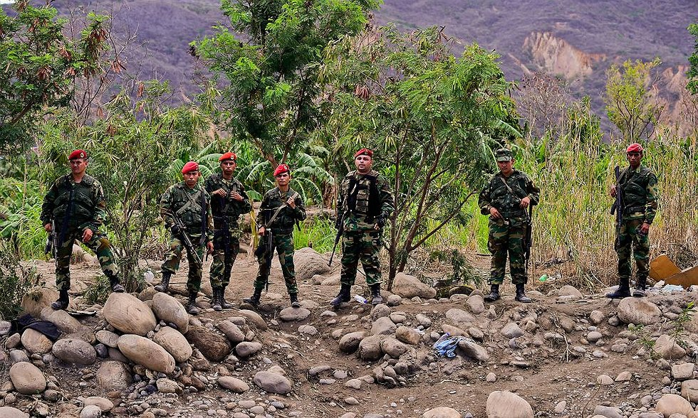 Venezuelan GNB on the border with Colombia. (AFP)