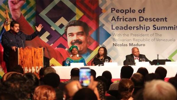Venezuelan President Nicolas Maduro speaking at the conference in Harlem (Photo: teleSUR)