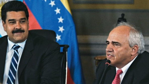 UNASUR Secretary-General Ernesto Samper (R) and Venezuelan President Nicolas Maduro. (TeleSUR)
