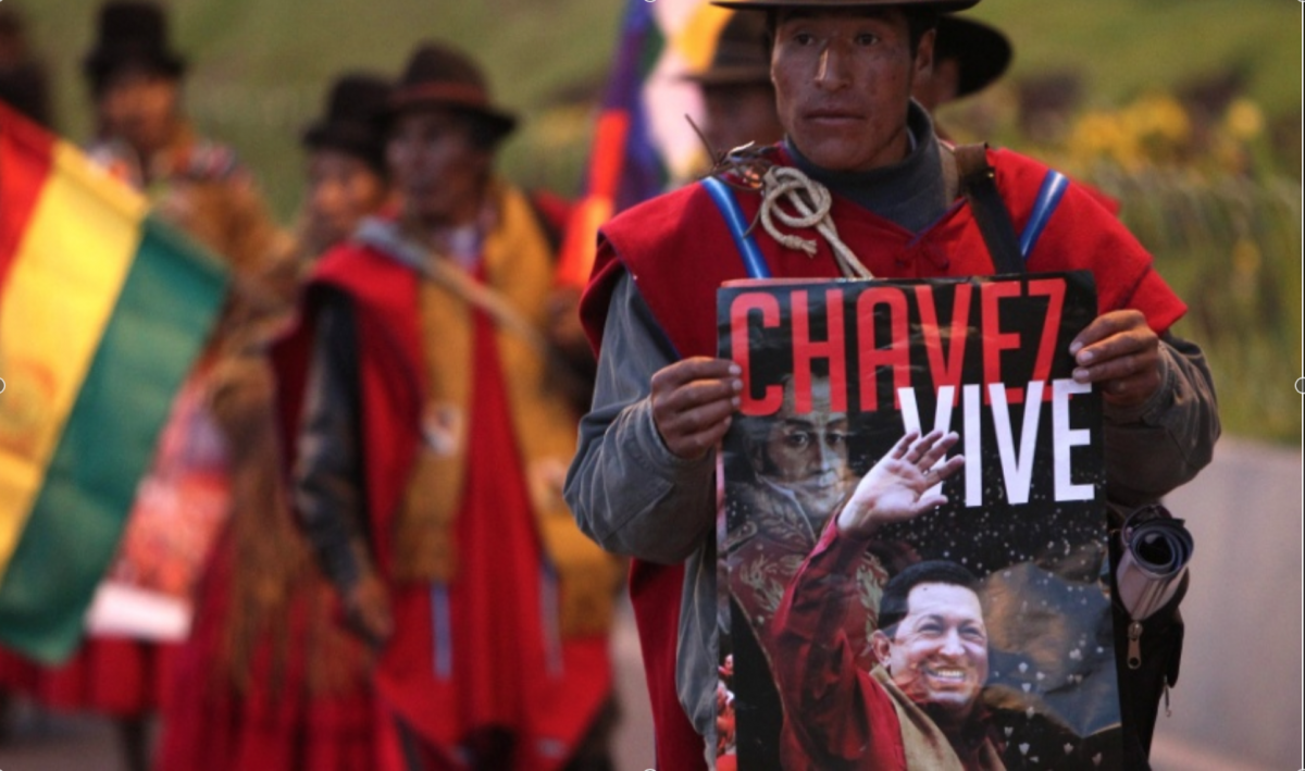"""""""Chavez lives"""" (EFE)"""