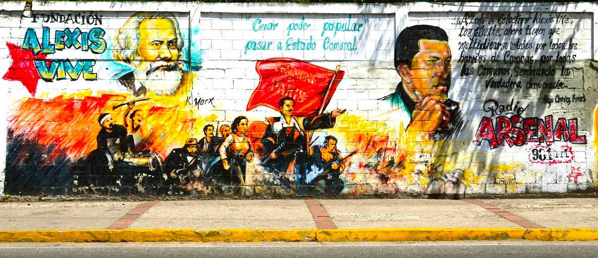 """Create popular power, transition to the Communal State"" (Photo: Rachael Boothroyd, venezuelanalysis.com)"