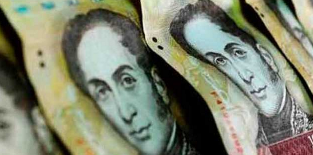 100 Bolivar bills (courtesy)