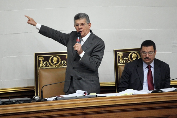 """National Assembly President Ramos Allup described the Supreme Court's Sentence """"invalid, non-existent and non-binding"""". His declaration has been challenged by several attorneys."""