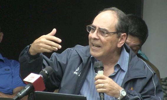 Former Minister of Electrical Energy and Education Héctor Navarro (Aporrea tvi)
