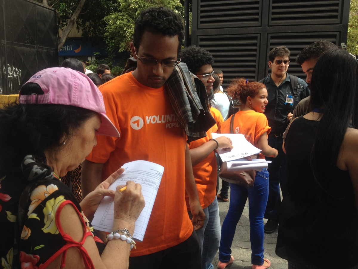Leopoldo Lopez's the Popular Will Party had a significant presence at the event, as well as Justice First and A New Path (Rachael Boothroyd Rojas/Venezuelanalysis)