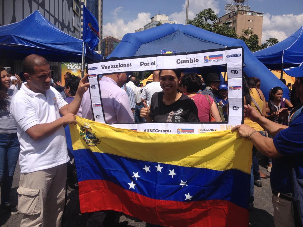 """""""Venezuelans for change"""" (Rachael Boothroyd Rojas/Venezuelanalysis)"""