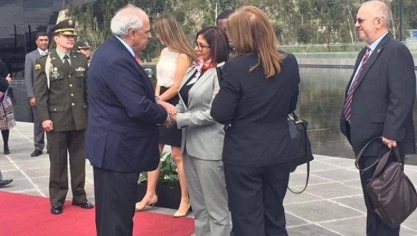 Venezuelan FM Delcy Rodriguez with UNASUR General Secretary Ernesto Samper. (teleSUR/Carla Gonzalez)