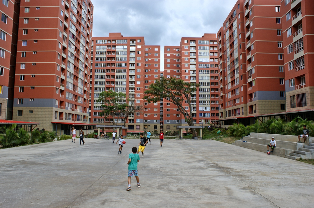 "Thirty years ago, Ángel's father served in the military and was stationed in this very same plaza. ""I never imagined that I would return to this place to live. This was impossible before,"" he says. (Jonas Holldack/Venezuelanalysis)"