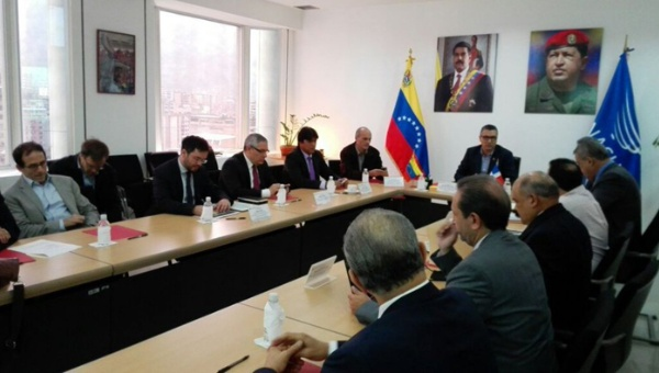 The UNASUR team will tackle Venezuela's economic problems from a Bolivarian perspective (Telesur).