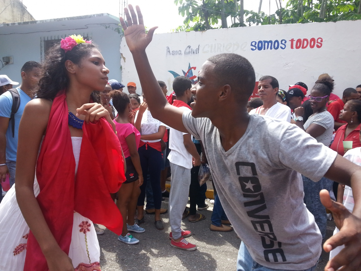 Musical troupes from across the region come to Curiepe to perform traditional San Juan rhythms and dances (Jeanette Charles/Venezuela Analysis)