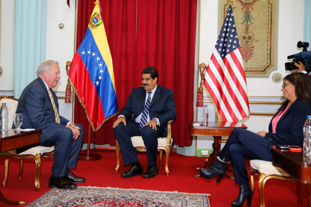Venezuelan President Nicolas Maduro and Minister of Foreign Affairs met with US Under Secretary of State for Political Affairs, Thomas Shannon in Caracas this week (Prensa Presidencial).