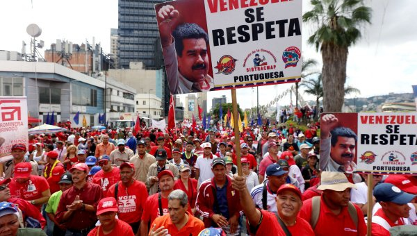 Thousands of Venezuelans mobilized in Caracas this weekend to voice their support for the Bolivarian Process (teleSUR).