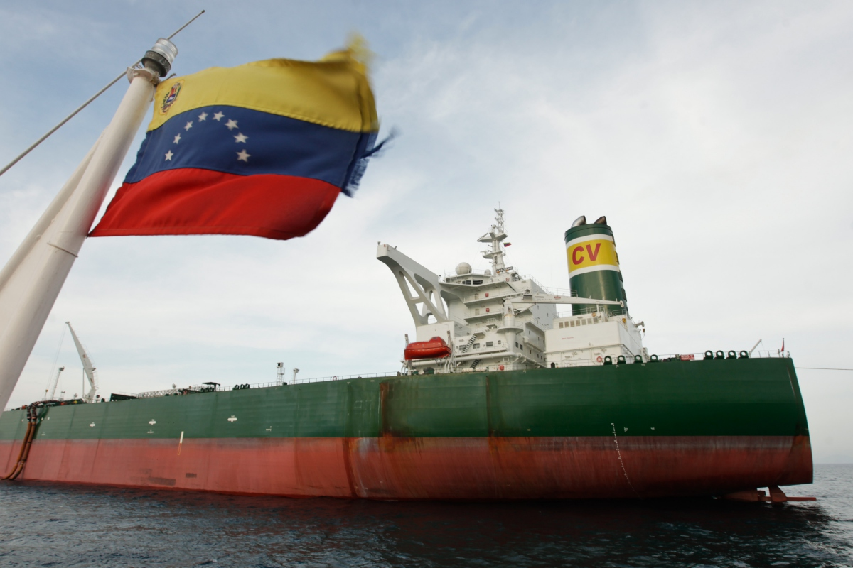 Container shipping carriers have complained of poor conditions at Venezuelan ports including pilot boats unable to move due to fuel shortages, tug boats that mysteriously disappear for days on end, and drug inspections where the inspectors themselves are caught with drugs. (AVN)