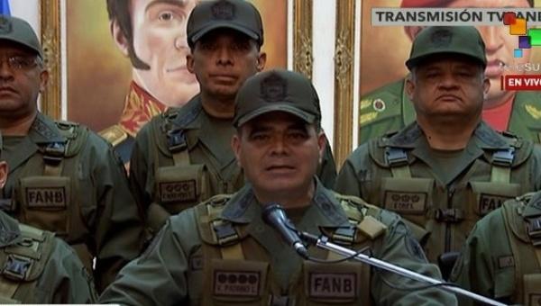 Venezuelan Defense Minister Vladimir Padrino speaks about airspace violations, Caracas, Sept. 20, 2016 (teleSUR).