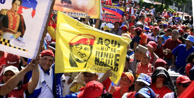 President Nicolas Maduro has increased the minimum wage from BsF 65.056 to 90.811. (AVN)