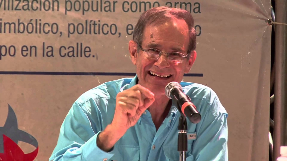 Steve Ellner addresses a forum in 2014 on Chavismo in Caracas, Venezuela. (Archive)