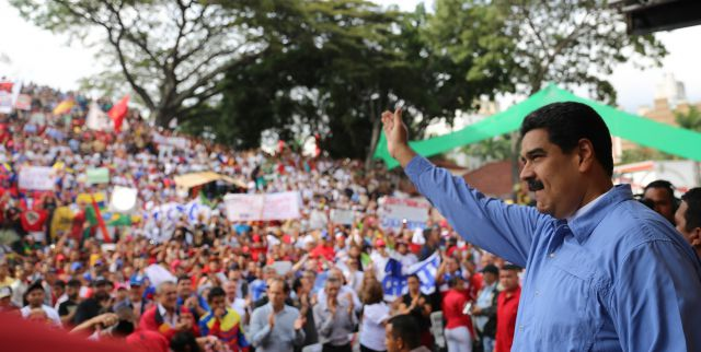President Nicolas Maduro says dialogue with the MUD will continue. (AVN)