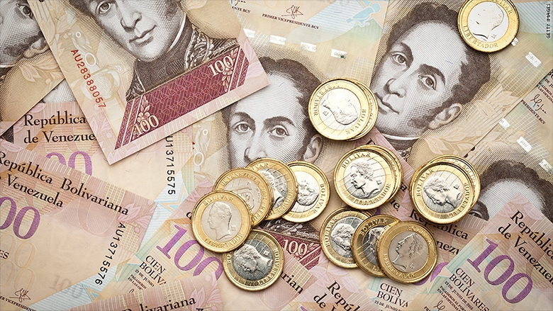 Venezuela's highest value banknote will go from 100 Bolivars to 20,000.   (Archive)