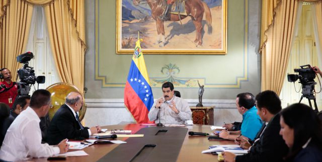 President Nicolas Maduro says the value of the BsF has been drained by criminal groups hoarding the currency abroad. (Prensa Presidencial)