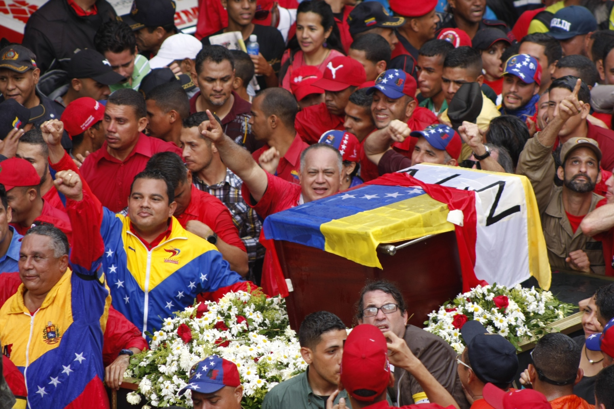 Venezuelan political leaders such as Diosdado Cabello, vice-president of the United Socialist Party of Venezuela (PSUV), and the president's ministerial cabinet participated in Monday's events. (Paola Martucci Gómez - Venezuelanalysis.com)