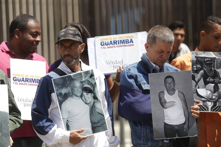 Victims of the Guarimbas march in Caracas. (Zurimar Campos/AVN)