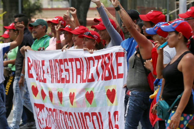 Meanwhile, Chavistas came together in downtown Caracas to partake in a wide variety of cultural activities and show their support for the Bolivarian process. (Gregorio Teran)