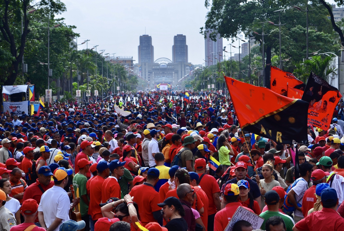 The Chavista march was one of the biggest in years. (Rachael Boothroyd Rojas/Venezuelanalysis)
